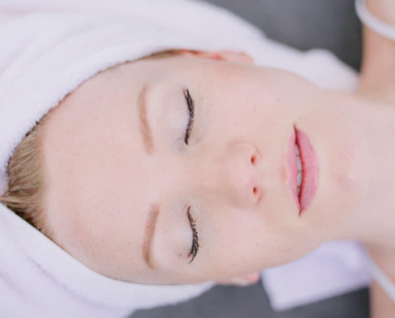 Obličejová jóga – Jednoduchá cesta k omlazení tváře